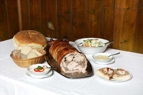 Pečené selátko - Restaurace u Poláků